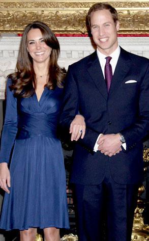 キャサリン妃のネイビーのドレススタイル1