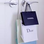 結婚式でショップバッグの紙袋がNGならロゴを活かして可愛くDIY