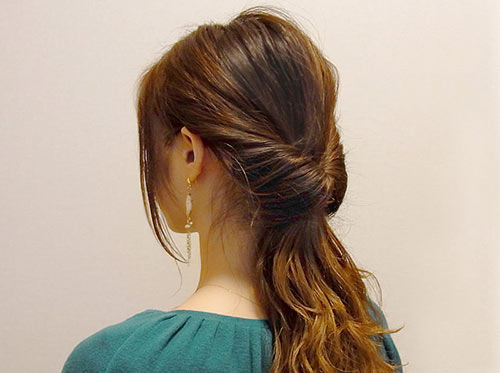 結婚式の髪型で人気の3大アレンジのくるりんぱ