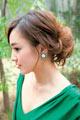 自分でできる髪型 ロングヘアのねじってまとめてアップスタイル6-1-2