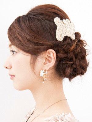 自分でできる髪型 ロングヘアの編み込みアップスタイル1-7-2
