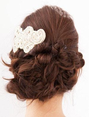 自分でできる髪型 ロングヘアの編み込みアップスタイル1-7-3