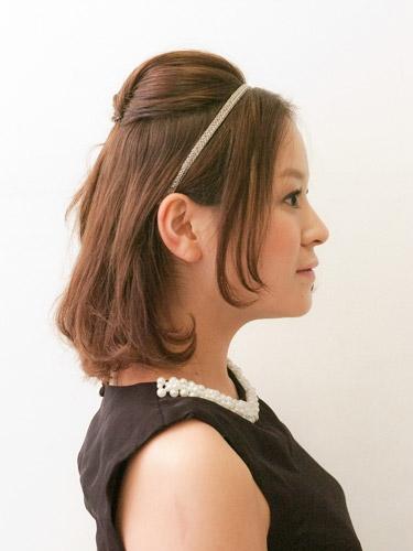 自分でできる髪型 ミディアムヘアねじるハーフアップスタイル2-11-2
