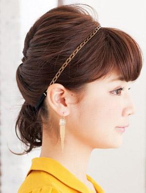 自分でできる髪型 ミディアムヘアねじるハーフアップスタイル3-5-2