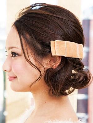 自分でできる髪型 ミディアムヘアねじるハーフアップスタイル3-6-2