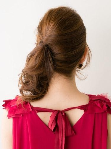 自分でできる髪型 ミディアムヘアねじるハーフアップスタイル3-9-3