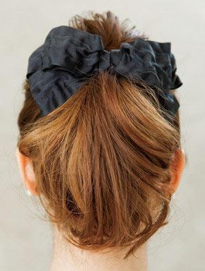 自分でできる髪型 ミディアムヘアポニーテールアップスタイル3-2-3