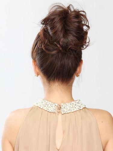 自分でできる髪型 セミロングヘアのポニーテールアップスタイル3-6-3
