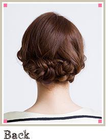 自分でできる髪型 セミロングヘアの編み込みアップスタイル1-4-2