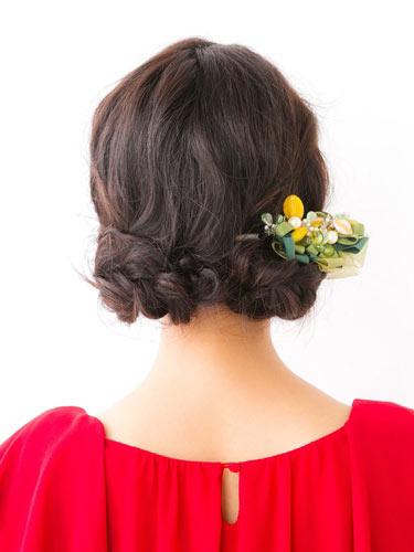 自分でできる髪型 セミロングヘアの編み込みアップスタイル1-5-3